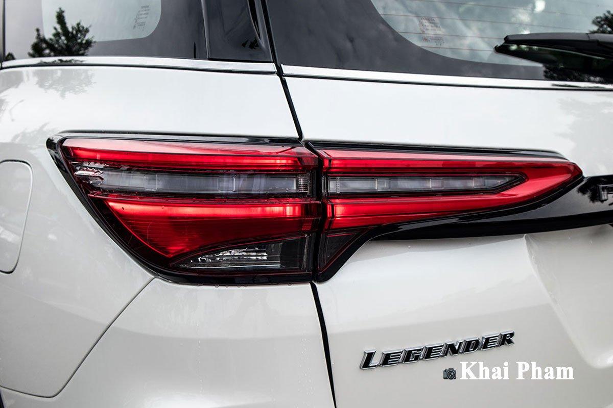 Ảnh Đèn hậu xe Toyota Fortuner Legender 2020