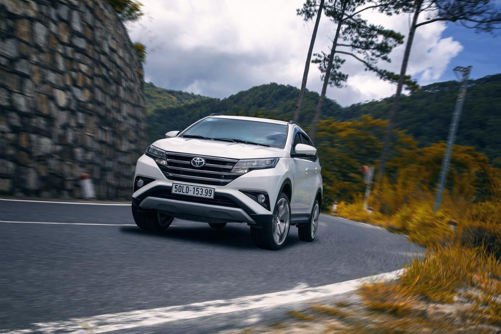 Toyota Fortuner, Corolla Cross và Rush, tái định hình phong cách chọn xe SUV của người Việt a5