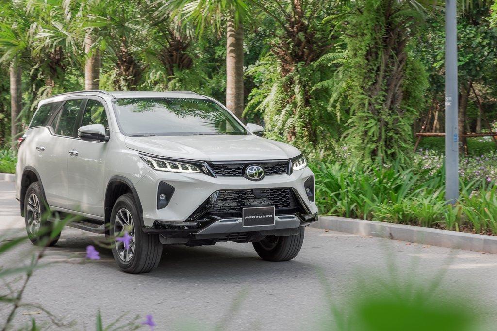 Toyota Fortuner, Corolla Cross và Rush, tái định hình phong cách chọn xe SUV của người Việt a2