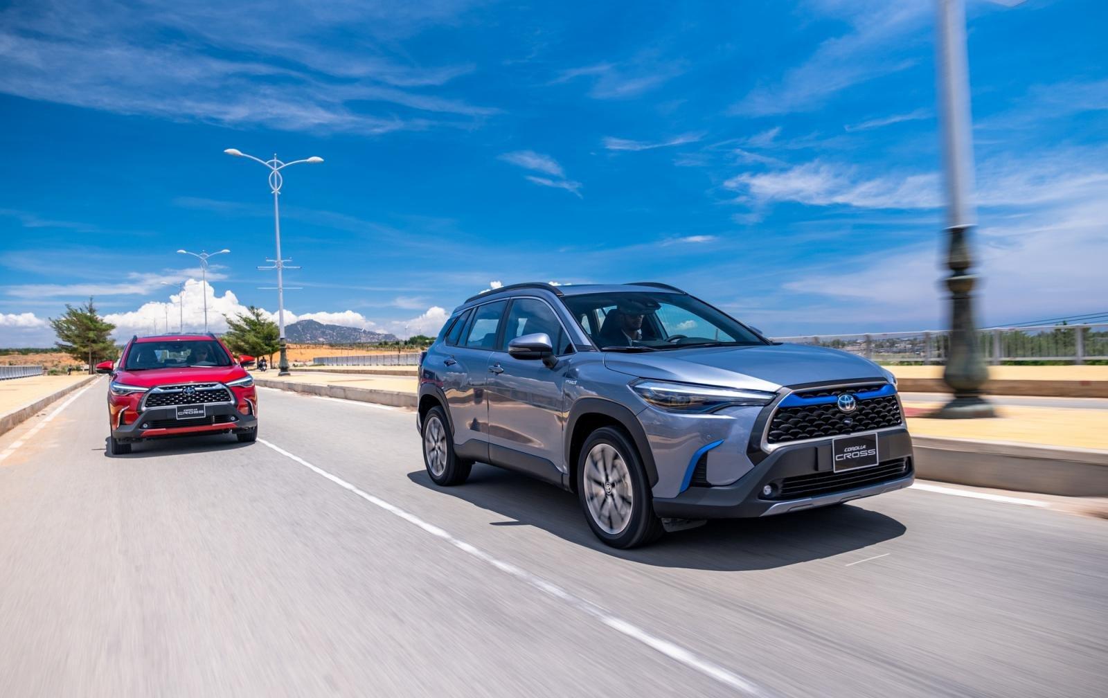 Toyota Fortuner, Corolla Cross và Rush, tái định hình phong cách chọn xe SUV của người Việt a3