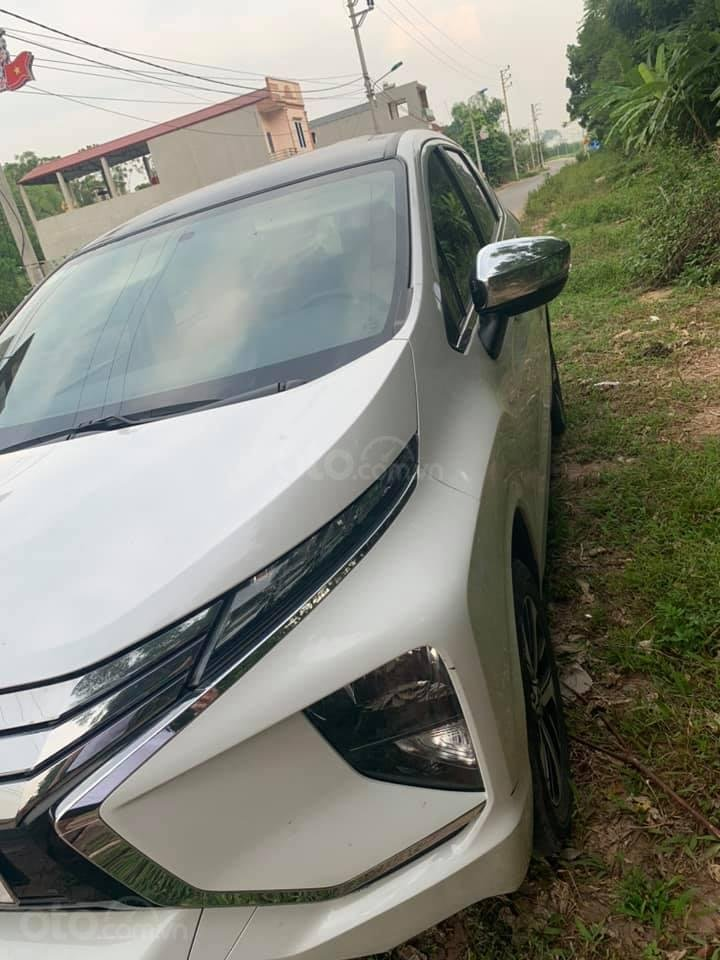 Bán Mitsubishi Xpander 2019 màu trắng (2)