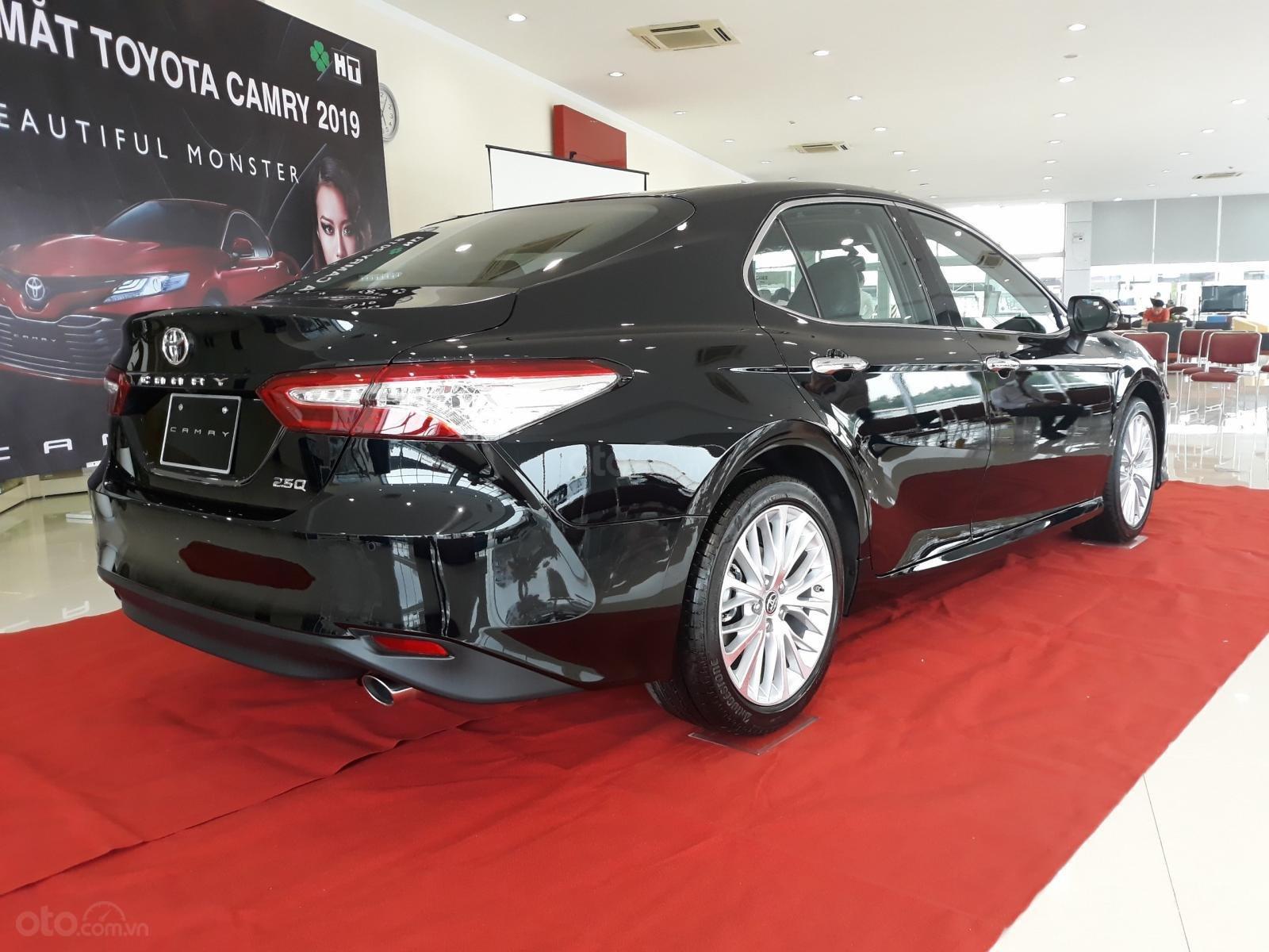 [Toyota Thanh Xuân] bán Toyota Camry nhập Mỹ, sản xuất 2020, mới 100%, xe full option, giao ngay tận tay khách (3)