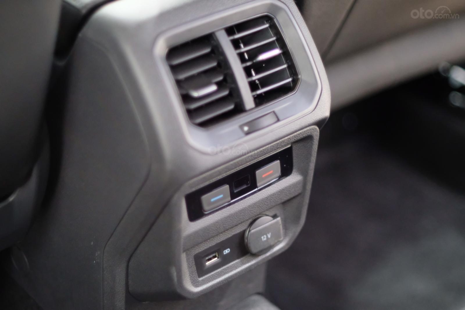 Volkswagen Tiguan Luxury 2020 giá khuyến mãi kịch sàn tại Bình Dương (8)