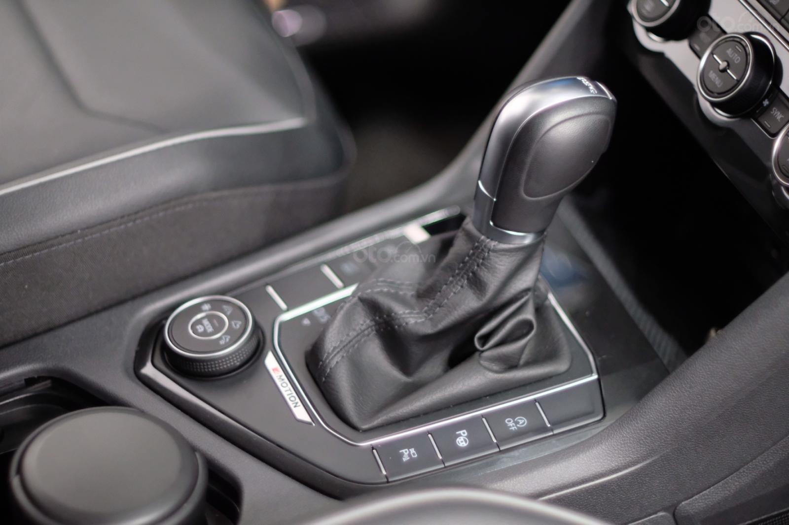 Volkswagen Tiguan Luxury 2020 giá khuyến mãi kịch sàn tại Bình Dương (11)