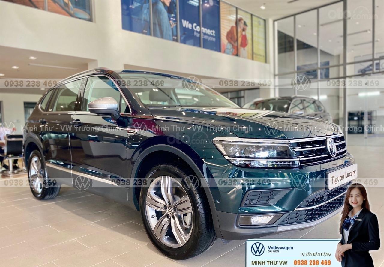 Volkswagen Tiguan Luxury màu xanh rêu số lượng ít - Xe Đức nhập khẩu nguyên chiếc - Giảm ngay 120 triệu (6)