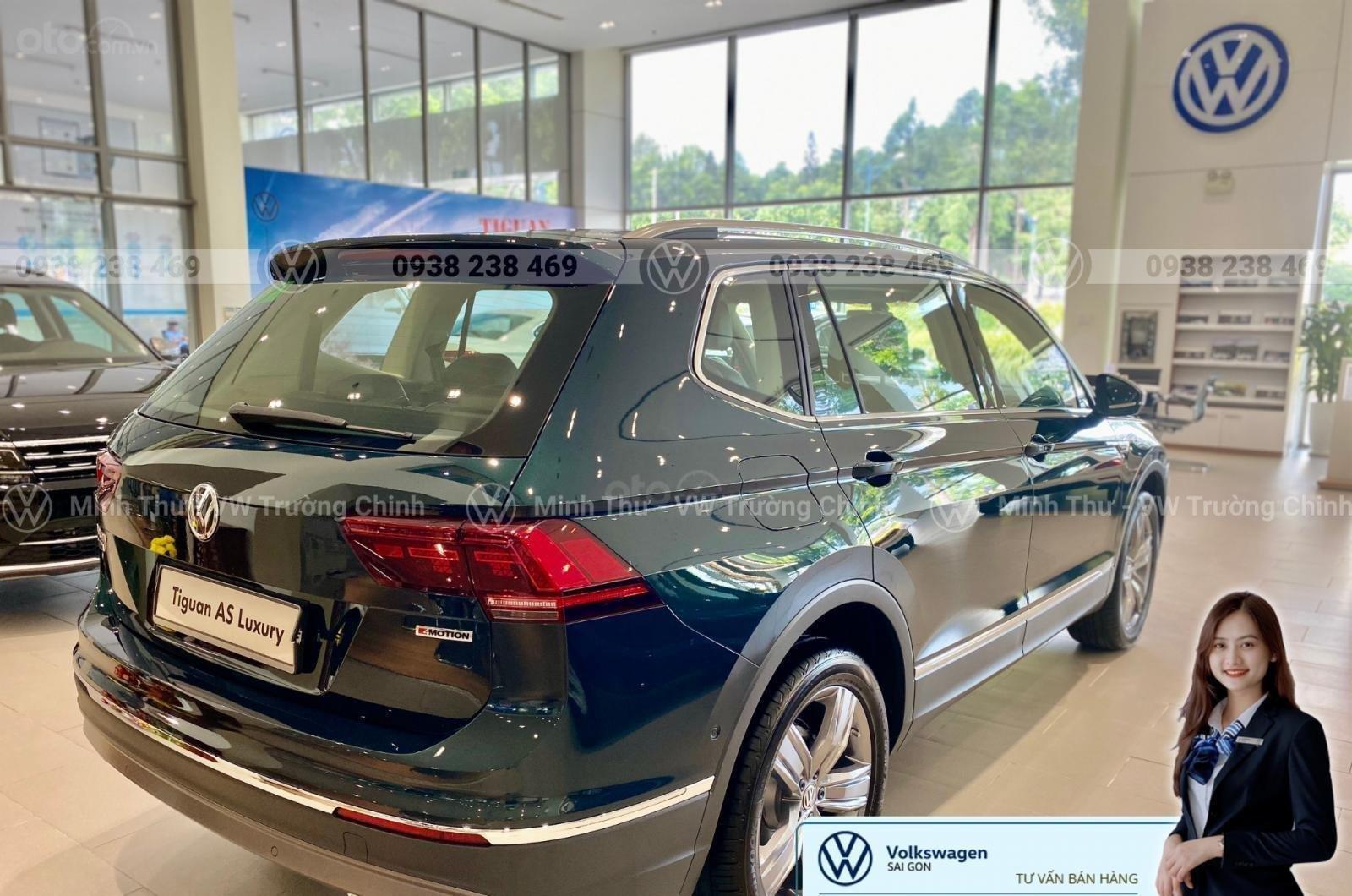 Volkswagen Tiguan Luxury màu xanh rêu số lượng ít - Xe Đức nhập khẩu nguyên chiếc - Giảm ngay 120 triệu (9)