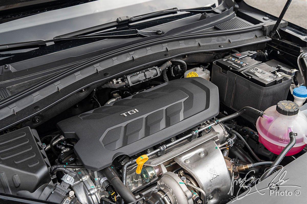 Động cơ 2.0 Turbo trên MG HS.