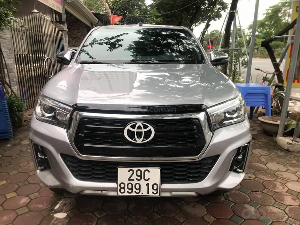 Bán xe Toyota Hilux 2.8L sản xuất 2018, 2 cầu máy dầu, số tự động  (1)