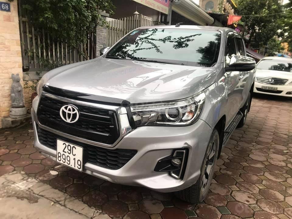 Bán xe Toyota Hilux 2.8L sản xuất 2018, 2 cầu máy dầu, số tự động  (5)