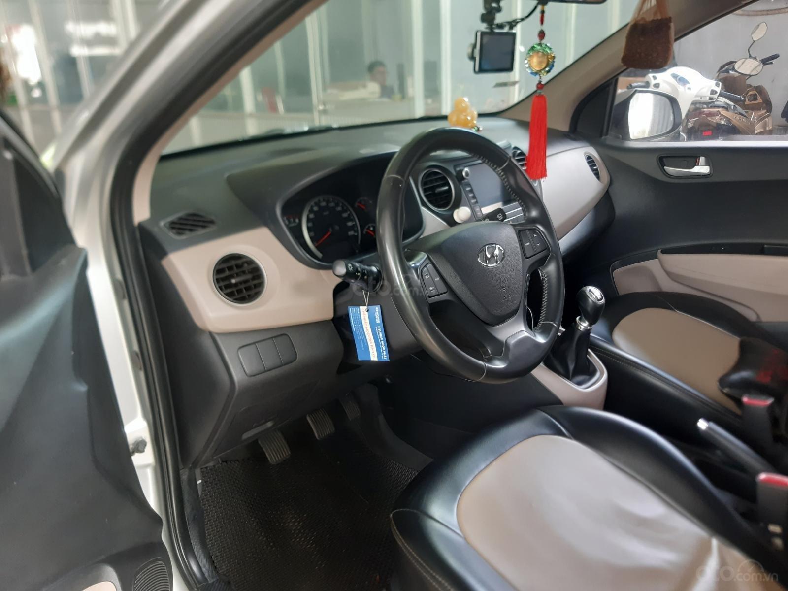 Bán Hyundai Grand i10 9/2017, một chủ mua mới từ đầu (6)
