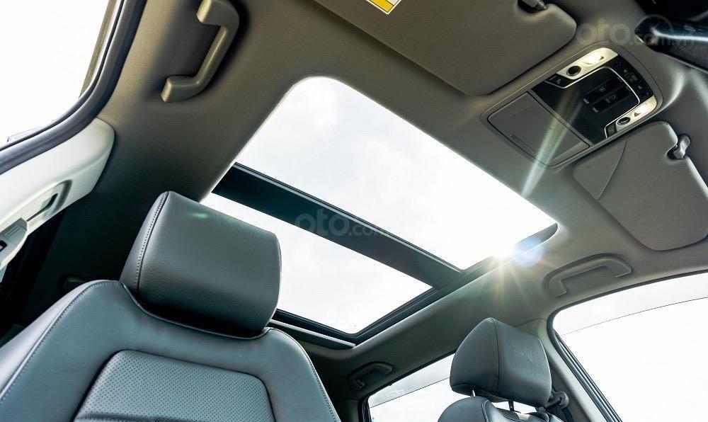 Honda CR-V, ưu đãi cực khủng - hỗ trợ 50% phí trước bạ còn lại (7)