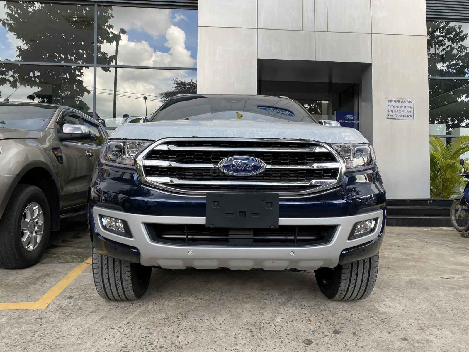 Ford Everest 2020, hỗ trợ ngân hàng lên đến 90%, đủ màu giao ngay (1)