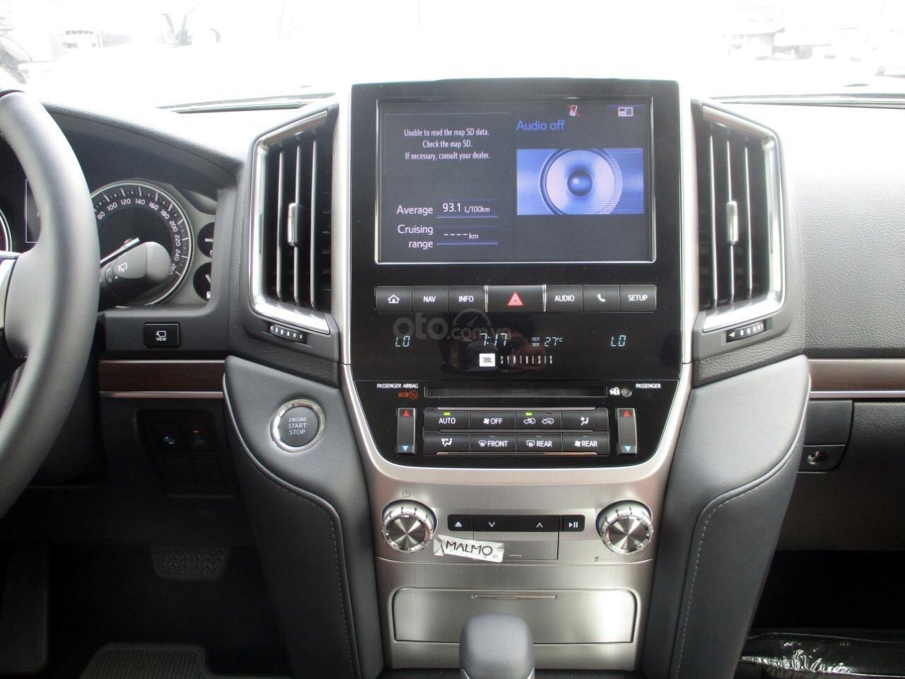 Bán Toyota Landcruiser 4.5V8 máy dầu Trung Đông 2021 mới (11)