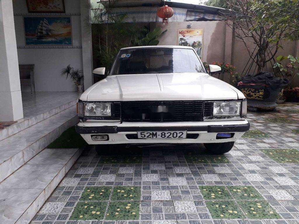 Bán Toyota Crown đời 1983, màu trắng, nhập khẩu nguyên chiếc (1)