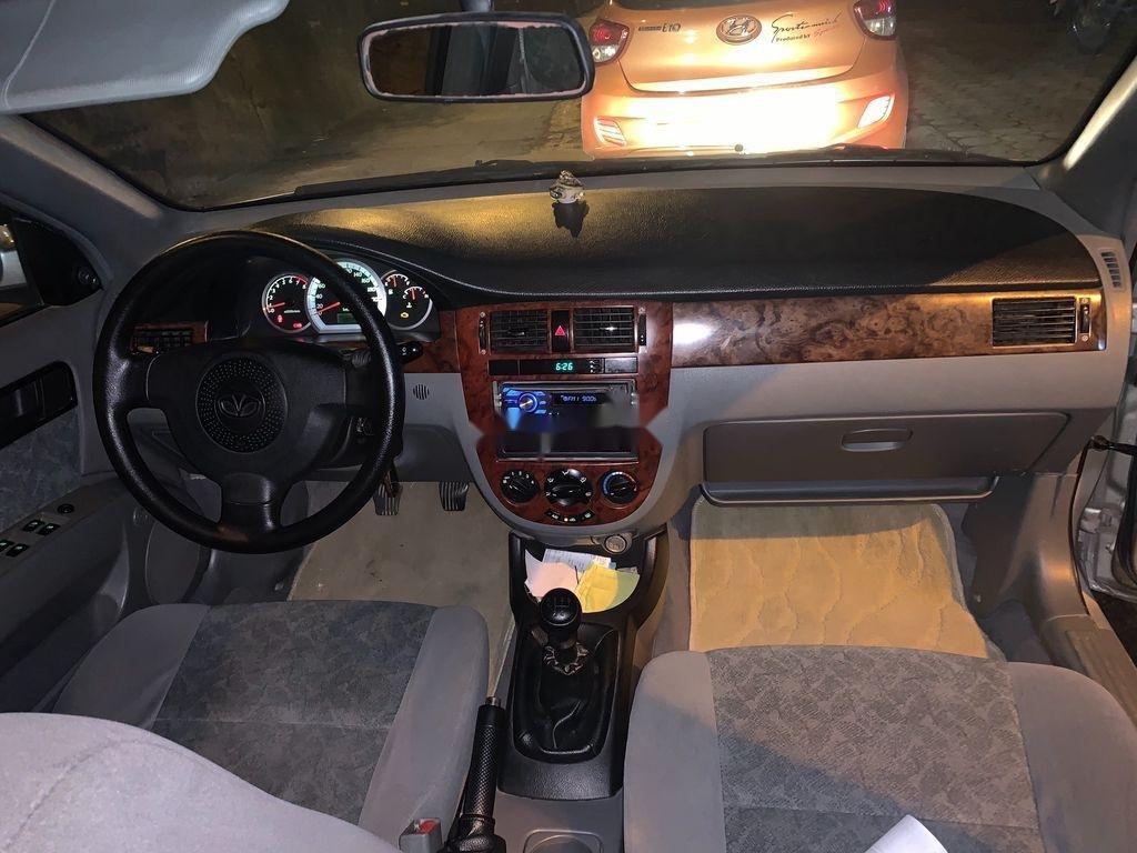 Xe Daewoo Lacetti sản xuất 2009 còn mới (4)