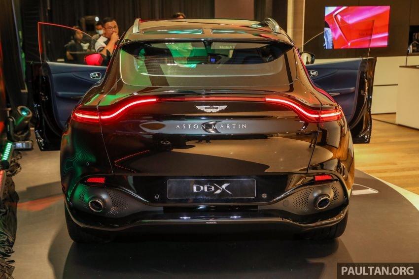 Aston Martin DBX chắc chắn để lại ấn tượng mạnh mẽ.