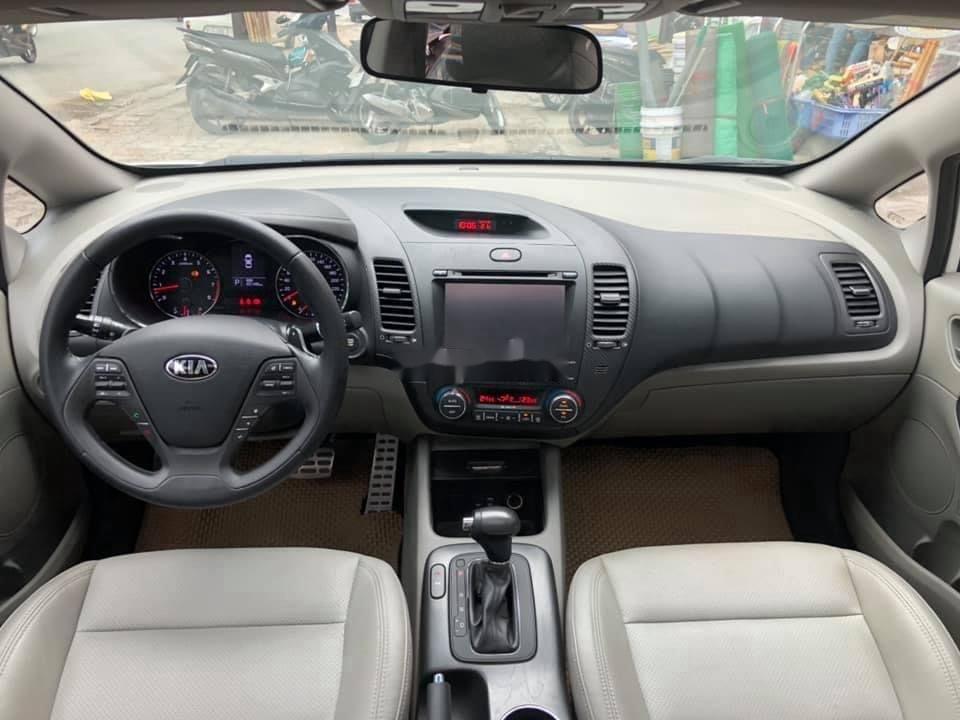 Cần bán lại xe Kia K3 sản xuất năm 2015, màu trắng, 466 triệu (8)