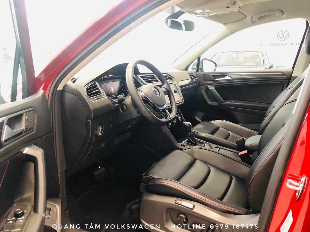 Volkswagen Tiguan Luxury đỏ ruby may mắn, ưu đãi khủng + giao ngay (9)