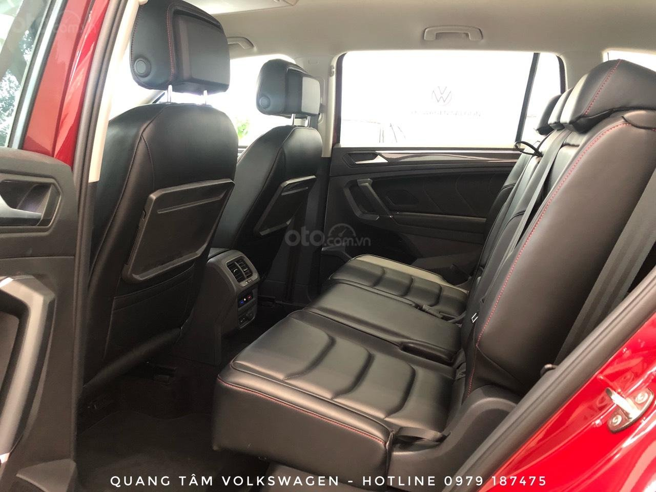 Volkswagen Tiguan Luxury đỏ ruby may mắn, ưu đãi khủng + giao ngay (12)