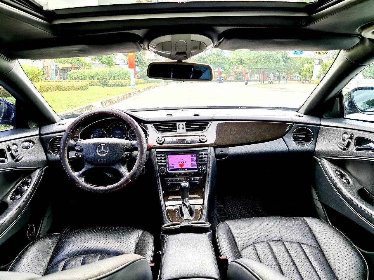 Mercedes CLS 500 nhập Đức 2007, màu đen (7)