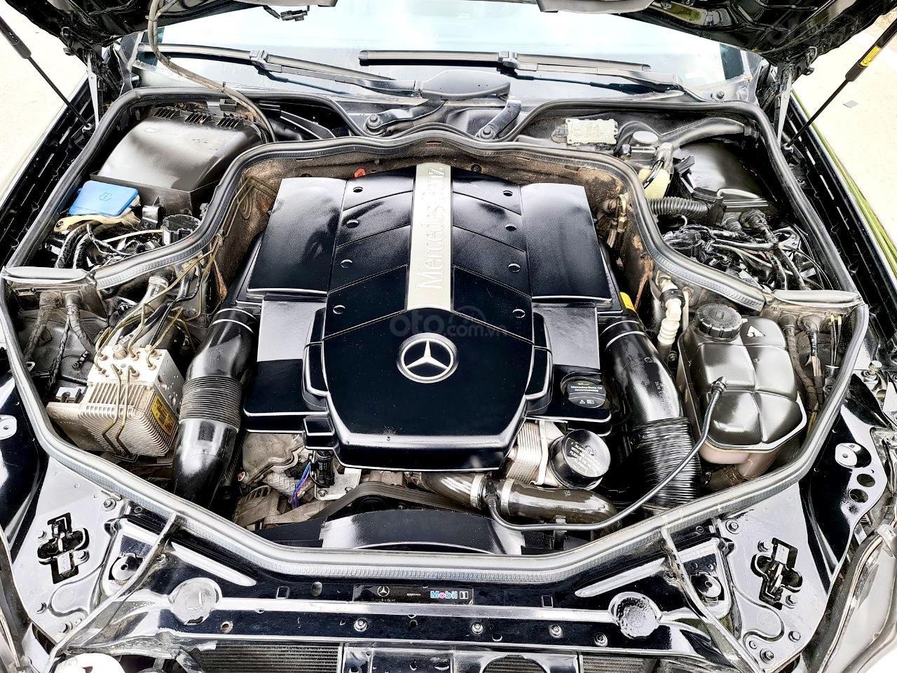 Mercedes CLS 500 nhập Đức 2007, màu đen (5)