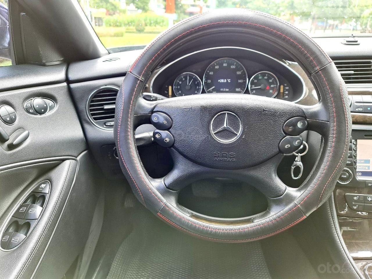 Mercedes CLS 500 nhập Đức 2007, màu đen (6)