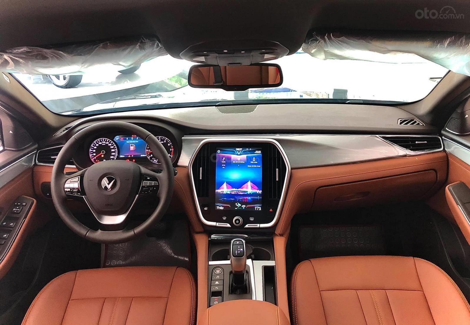 Vinfast Lux A xe 2020 - vay 80% giá xe - vay 2 năm không lãi suất - hỗ trợ chứng minh thu nhập (4)