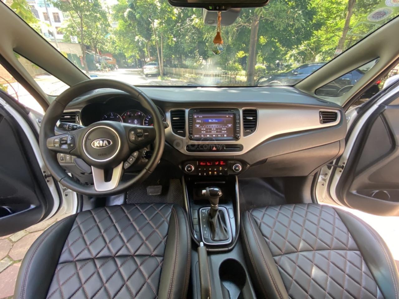 Cần bán xe  Kia Rondo SX 2016, màu trắng, nội thất đen, máy dầu (8)