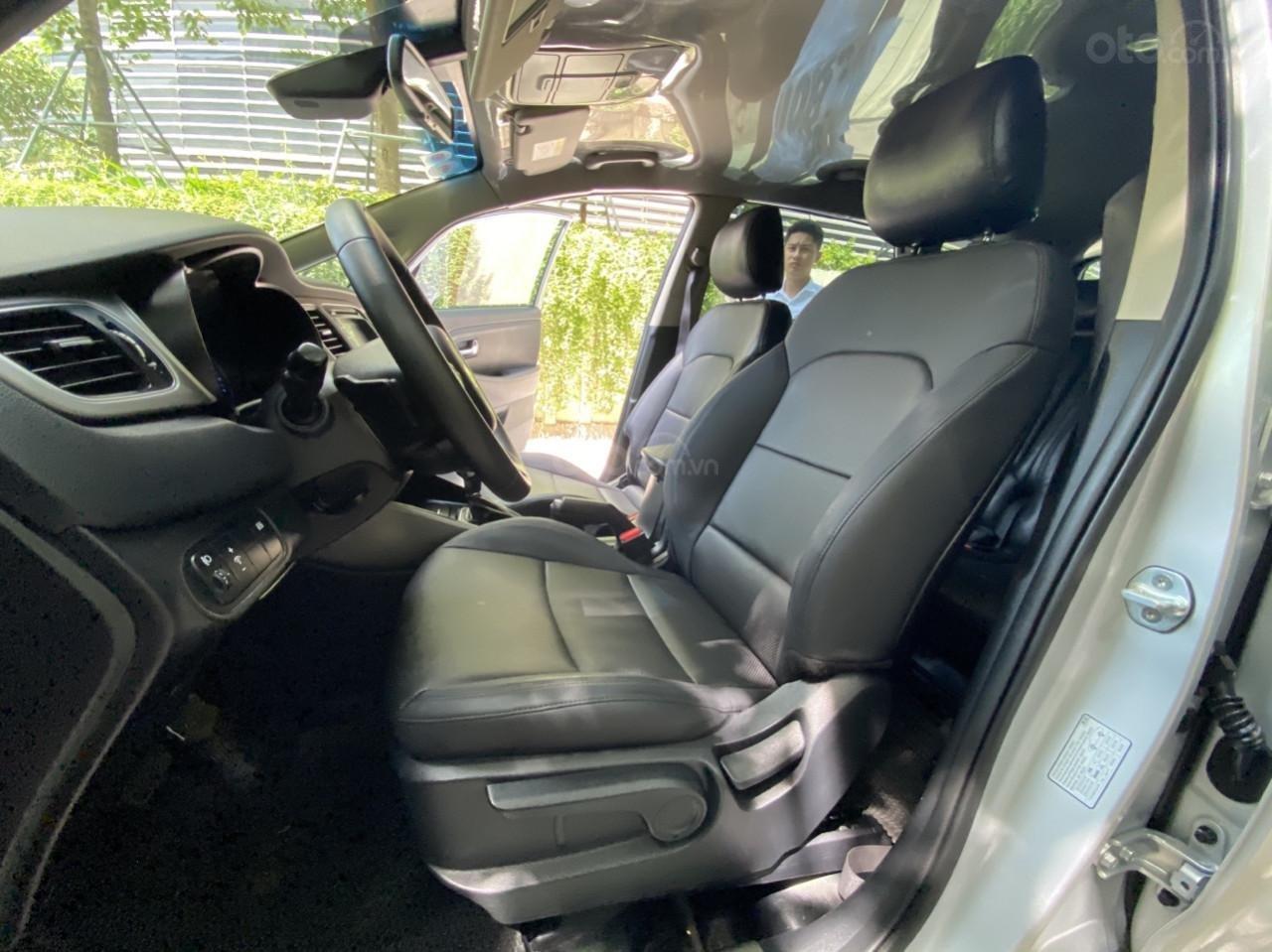 Cần bán xe Kia Rondo SX 2016, màu bạc, nội thất đen, máy dầu (9)