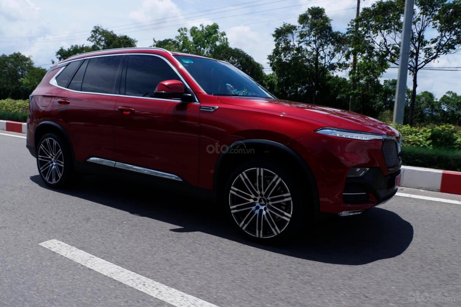 Vinfast LUX SA xe 2020 - vay tối đa 80% xe - vay 2 năm không lãi suất - hỗ trợ chứng minh thu nhập (1)