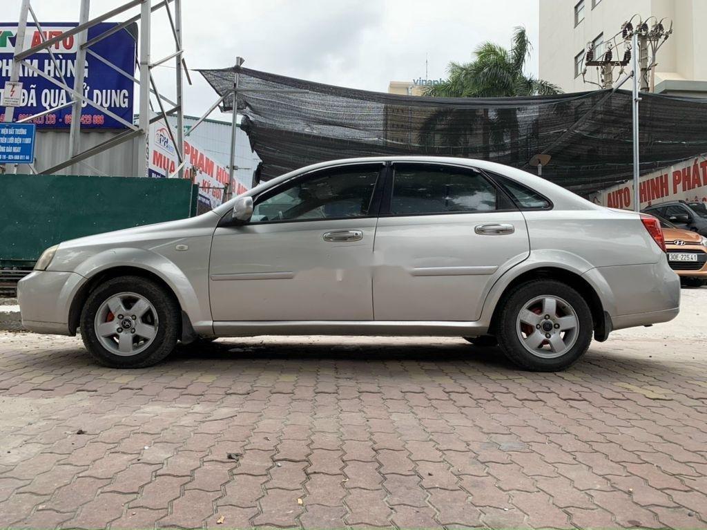 Cần bán lại xe Daewoo Lacetti năm sản xuất 2009, chĩnh chủ sử dụng, còn mới (4)