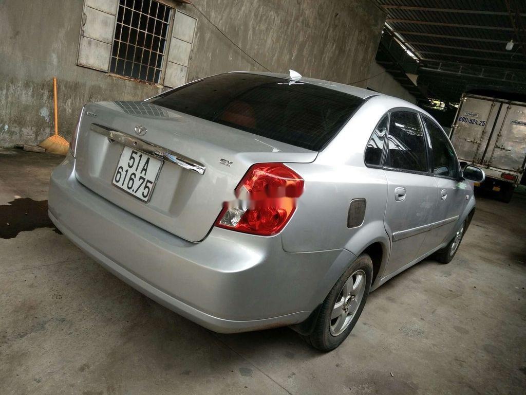 Bán ô tô Daewoo Lacetti năm sản xuất 2004, màu bạc (6)