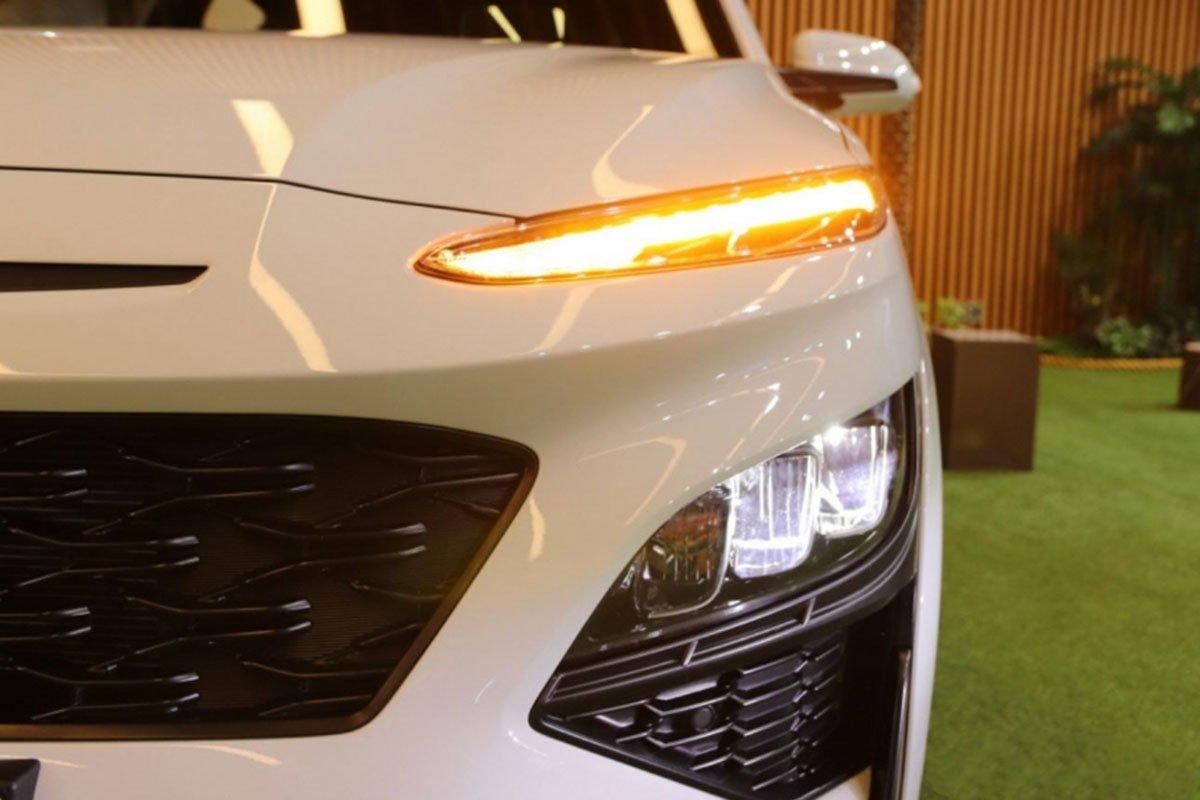 Cận cảnh Hyundai Kona 2021 thực tế, hiện đại hơn, sớm về Việt Nam đấu Kia Seltos a2