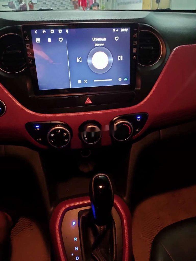 Cần bán gấp Hyundai Grand i10 2017, màu đỏ xe gia đình, 345tr (11)