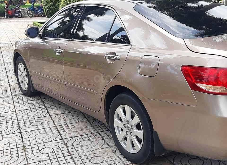 Bán xe Toyota Camry sản xuất năm 2009, giá tốt (2)