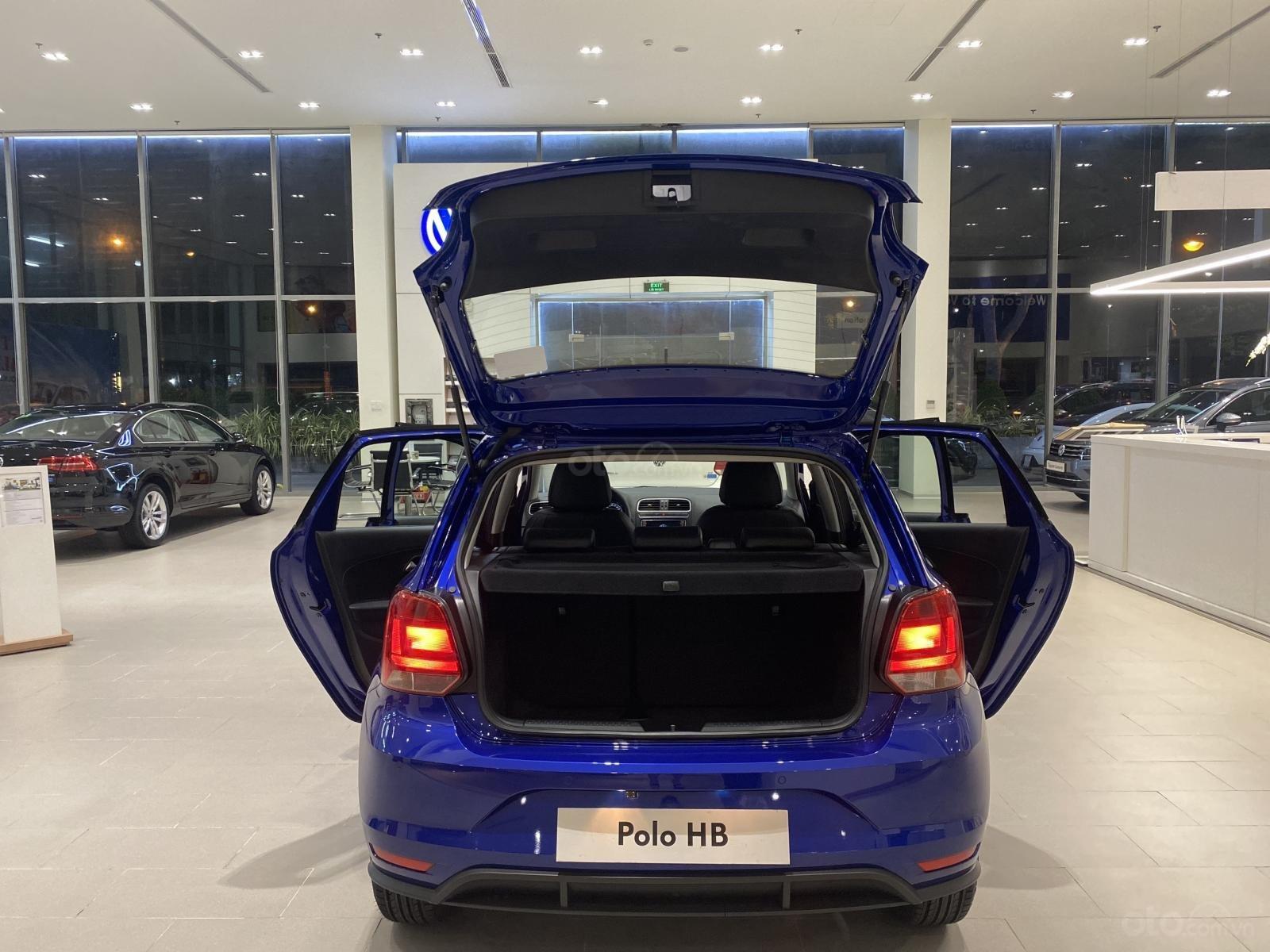 Polo hatchback màu xanh giá tốt - giảm tiền mặt + quà tặng ưu đãi lớn nhất năm (13)