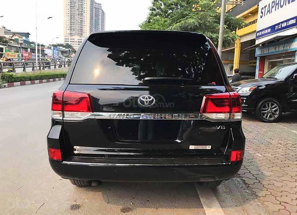 Bán xe Toyota Land Cruiser năm sản xuất 2020, màu đen, nhập khẩu   (5)