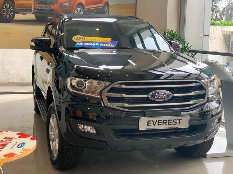Cần bán Ford Everest Ambient MT, màu đen giao ngay, giảm giá 110 triệu năm 2019 (1)