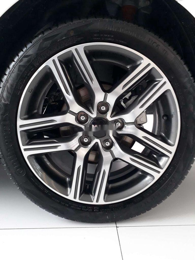 Cần bán xe  Kia Cerato 1.6 AT Luxury sản xuất năm 2020, giá tốt (4)