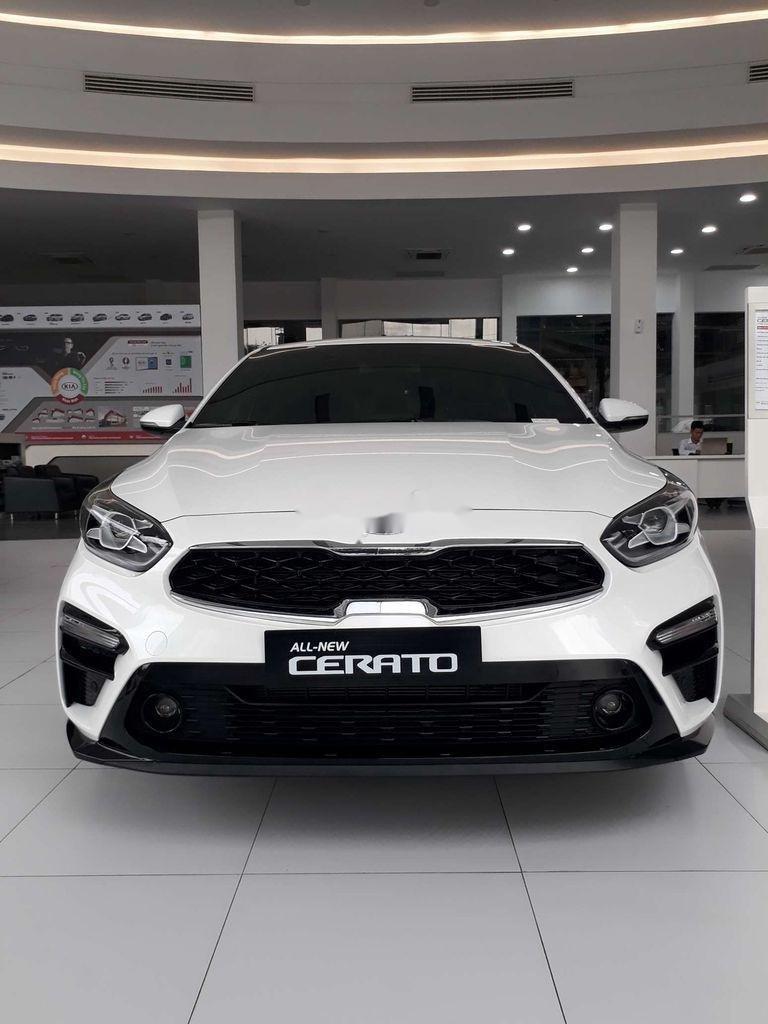 Cần bán xe  Kia Cerato 1.6 AT Luxury sản xuất năm 2020, giá tốt (2)