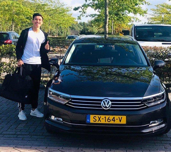 Volkswagen Passat của Đoàn Văn Hậu khi thi đấu ở Hà Lan.