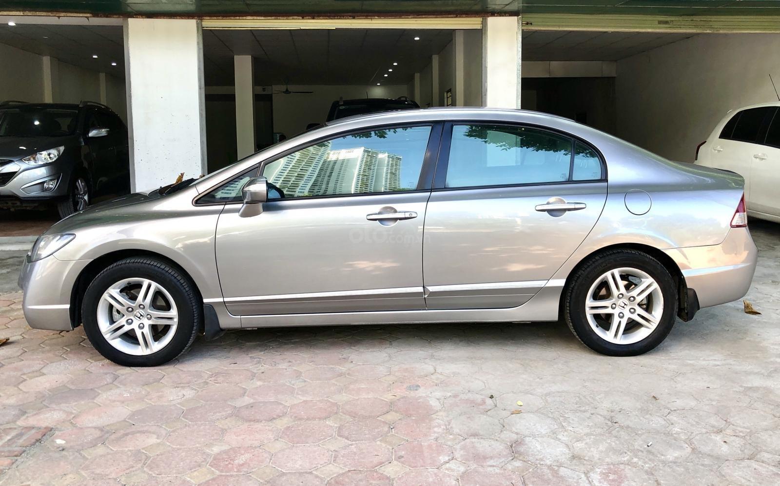 Bán Honda Civic 2.0 số tự động, biển Hà Nội, 1 chủ từ đầu (2)