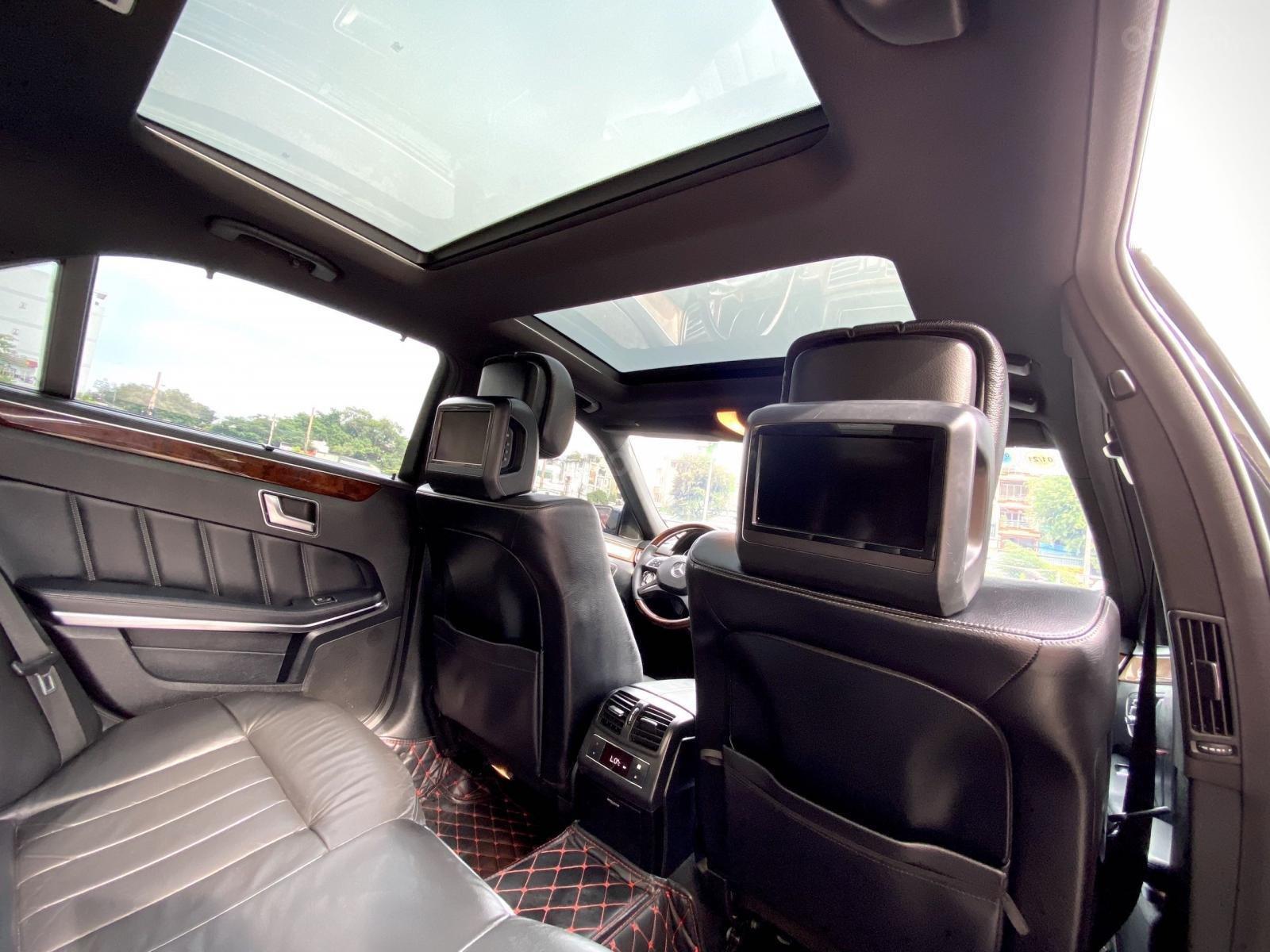 Cần bán lại xe Mercedes-Benz E class đăng ký lần đầu 2014, màu đen còn mới. Giá tốt 1 tỷ 180 triệu đồng (9)