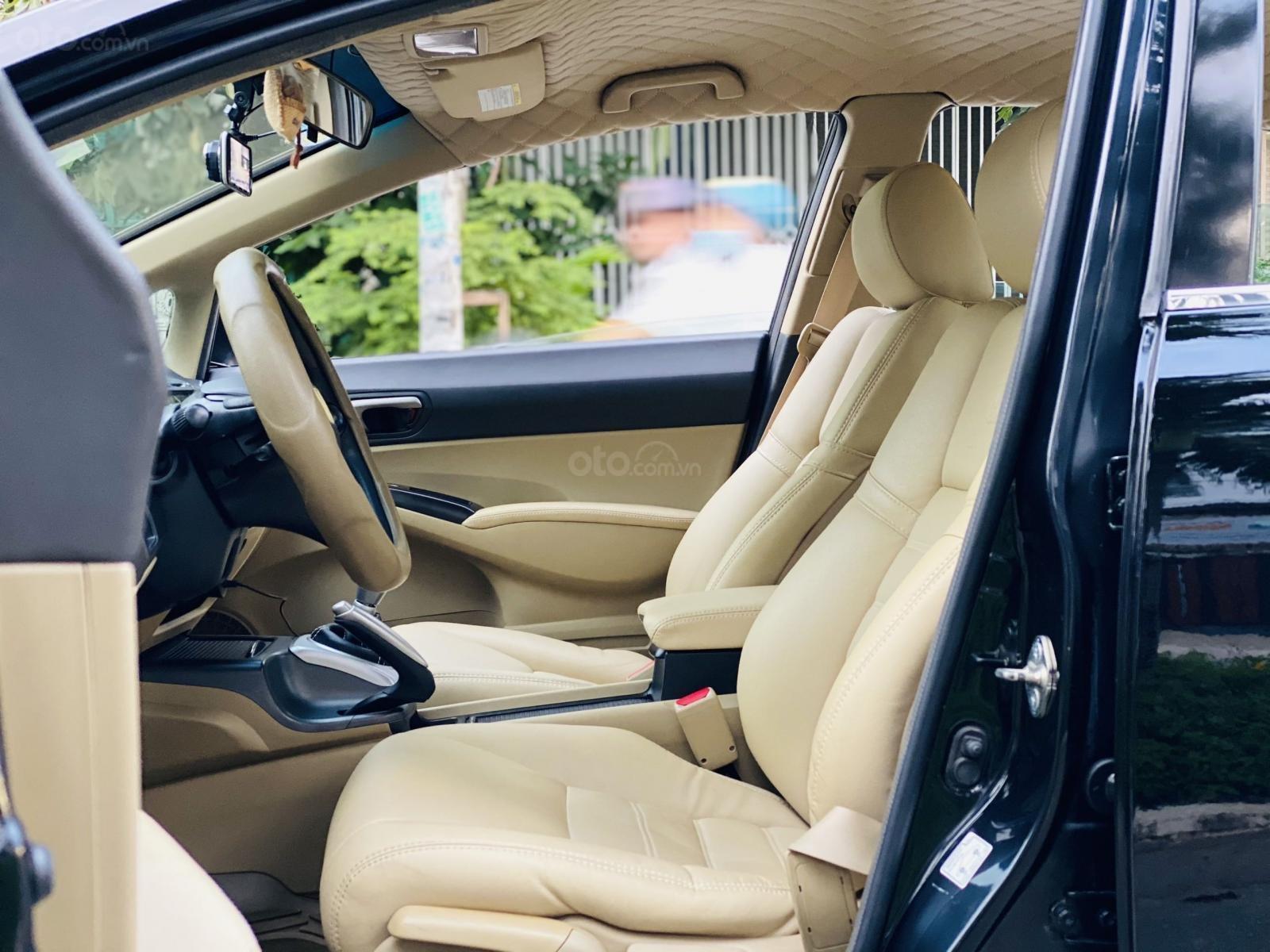 Bán xe Honda Civic đời 2009, màu đen. Xe gia đình, giá 285 triệu đồng (10)