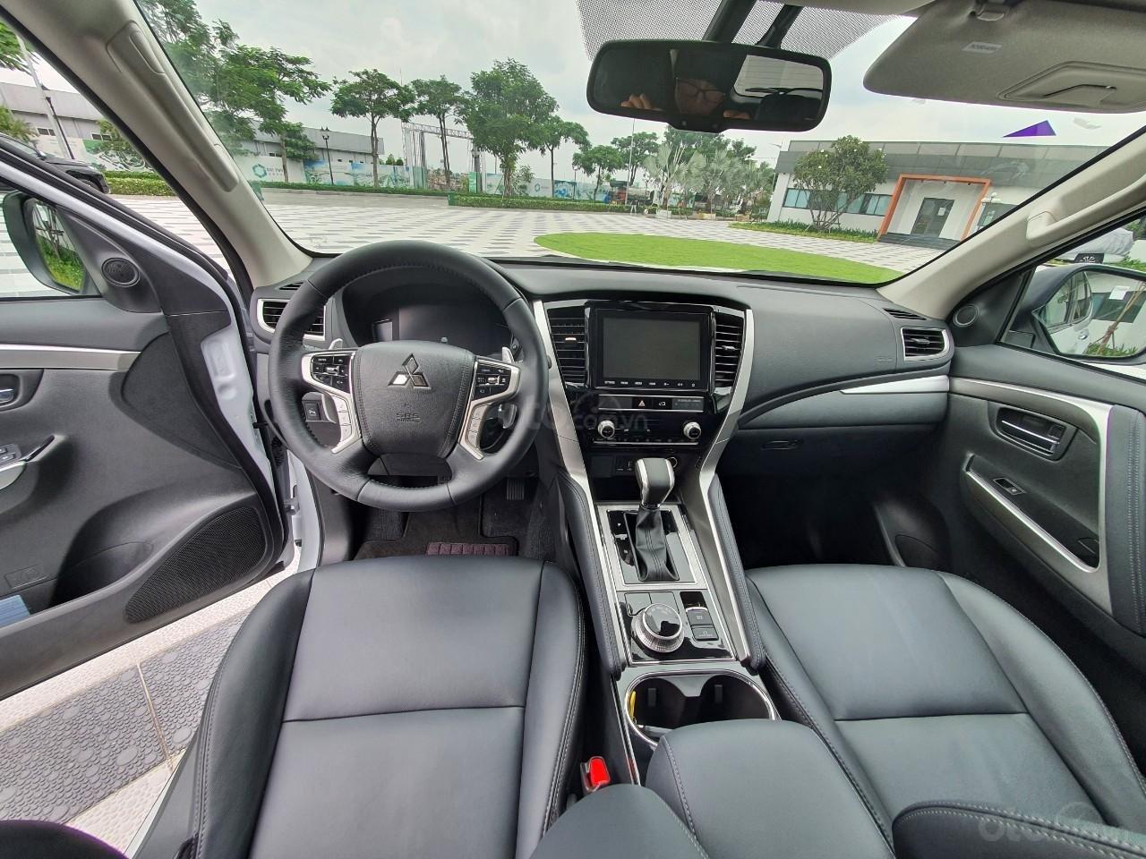 [Hot] Pajero Sport G 4x4AT Premium 2020 - Phong cách - Bản lĩnh (7)