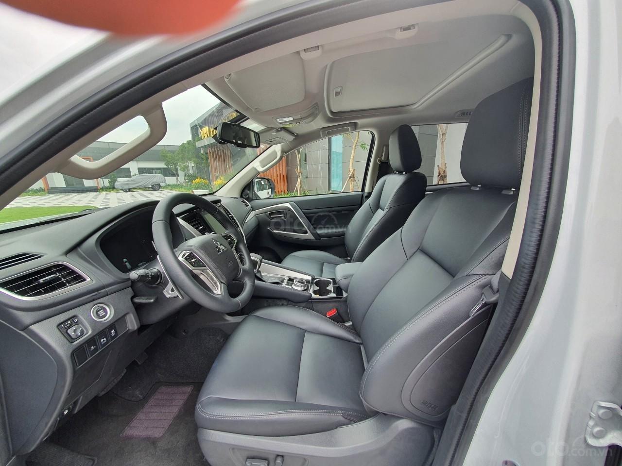 [Hot] Pajero Sport G 4x4AT Premium 2020 - Phong cách - Bản lĩnh (6)