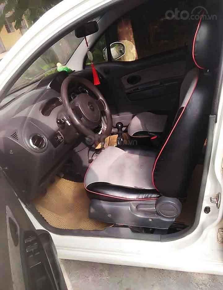Cần bán Chevrolet Spark LT 0.8 MT năm 2010, màu trắng   (2)
