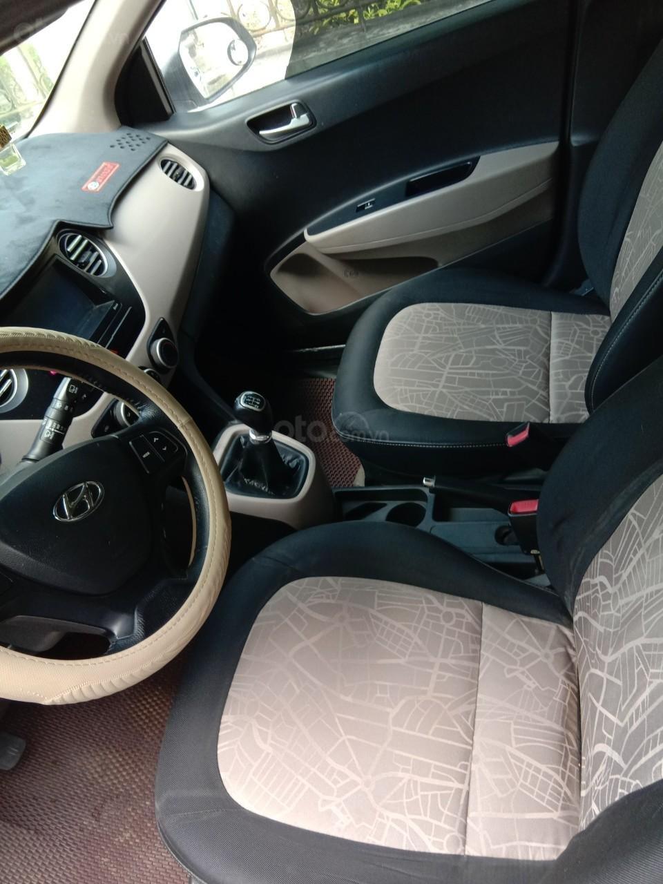 Cần bán xe Hyundai Grand i10 đăng ký 2016, màu trắng chính chủ, giá 260 triệu đồng (3)