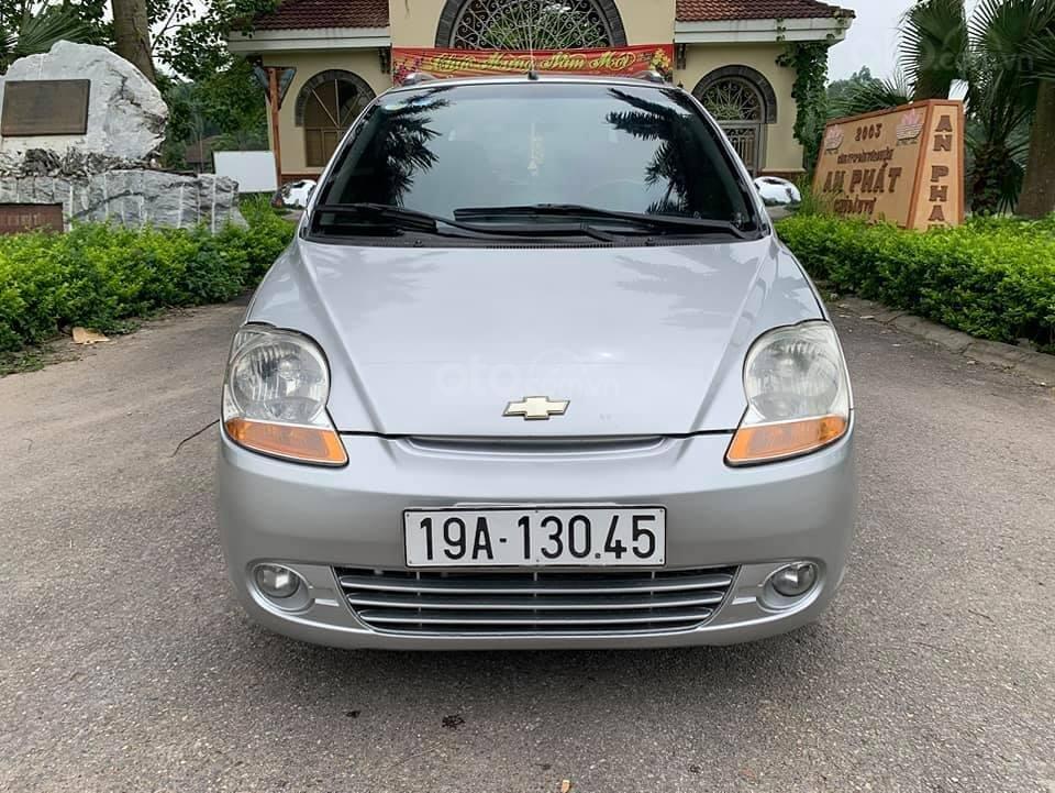 Cần bán nhanh với giá thấp chiếc Chevrolet Spark đời 2011, xe giá thấp, động cơ ổn định (2)