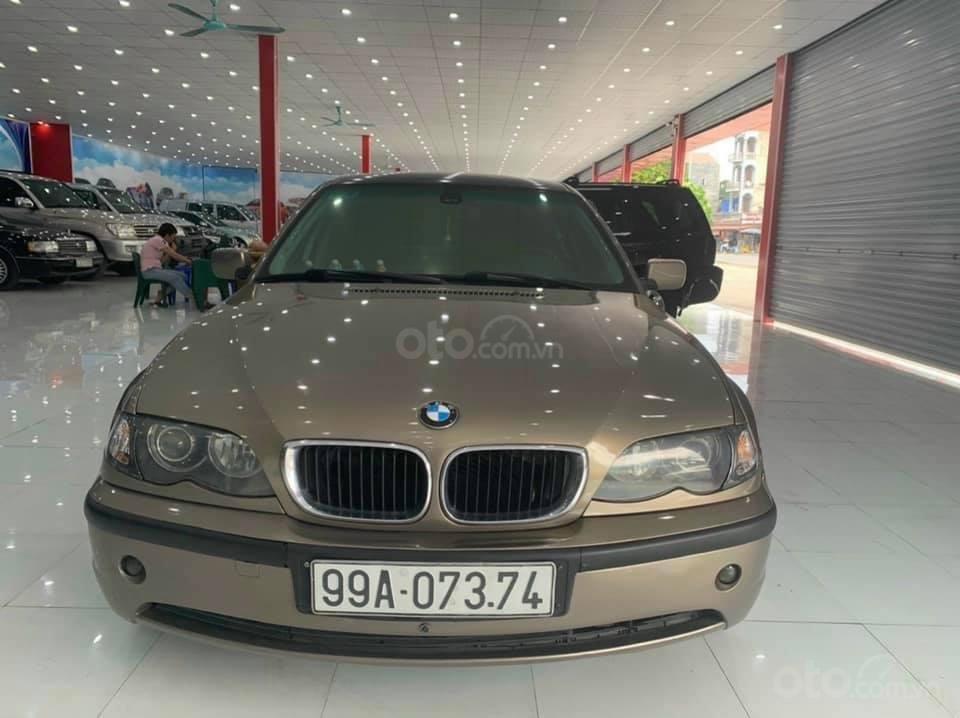 Cần bán BMW 325i SX 2003, xe đẹp không lỗi, màu vàng (1)